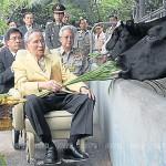 King pays trip to Chitralada